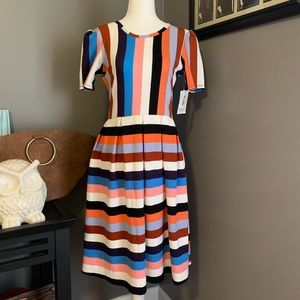 NWT LuLaRoe Amelia Retro Stripped Dress Size M